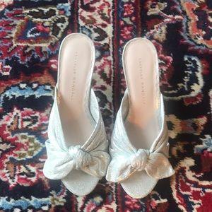 New with box LOEFFLER RANDALL kitten heel pumps